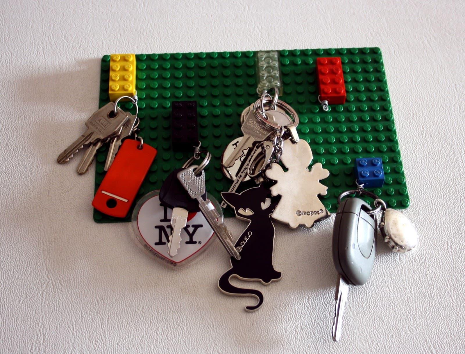 Portachiavi lego da parete passion diy - Portachiavi da parete design ...