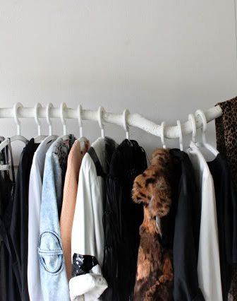 Branche Clothing Rack