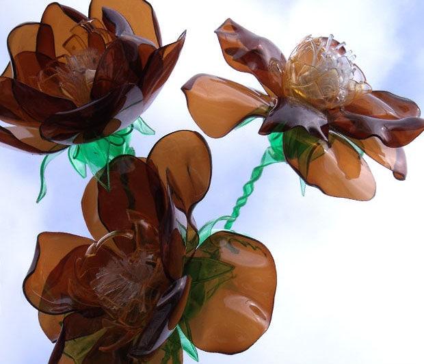 plastic-flowers