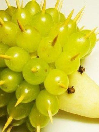 Decorazione di Frutta Riccio Uva