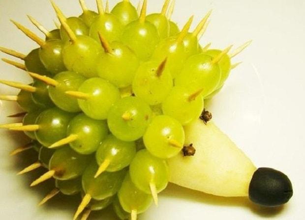 Decorazione di frutta riccio uva passion diy for Frutta con la o iniziale