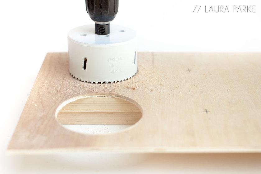 Espositore portabottiglie in legno passion diy for Portabottiglie in legno fai da te