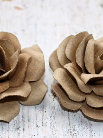 Rose Decorative di Cartoncino