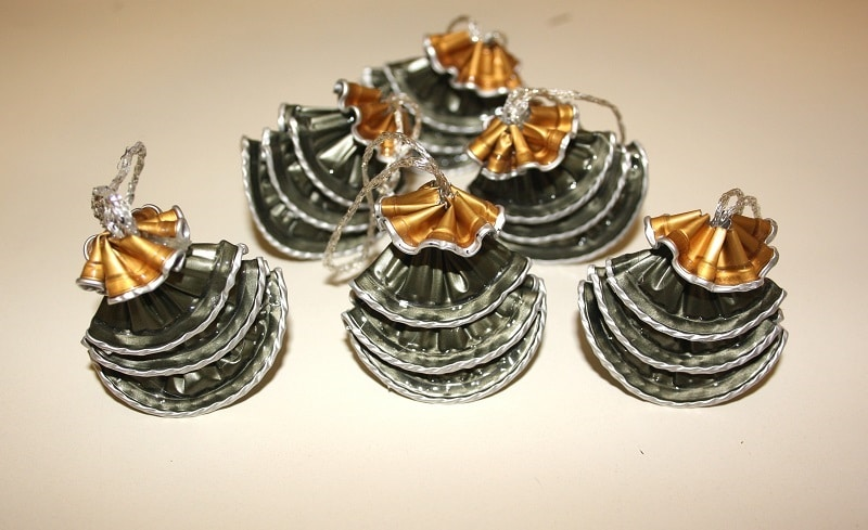 Realizzare decorazioni con capsule nespresso passion diy for Alberelli ornamentali