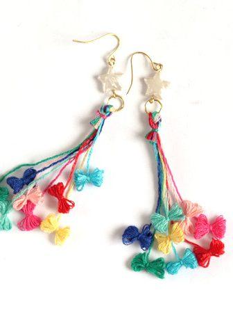 Orecchini con fiocchetti colorati