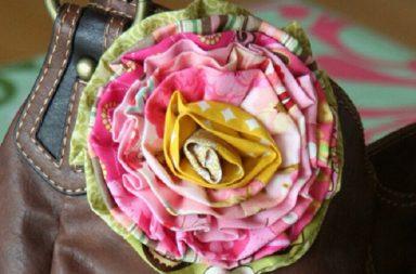 Spilla Fai da te a forma di fiore