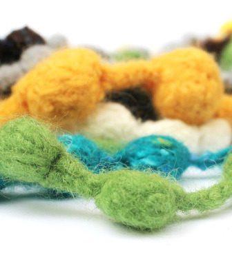 Collane di lana a punto nocciolina