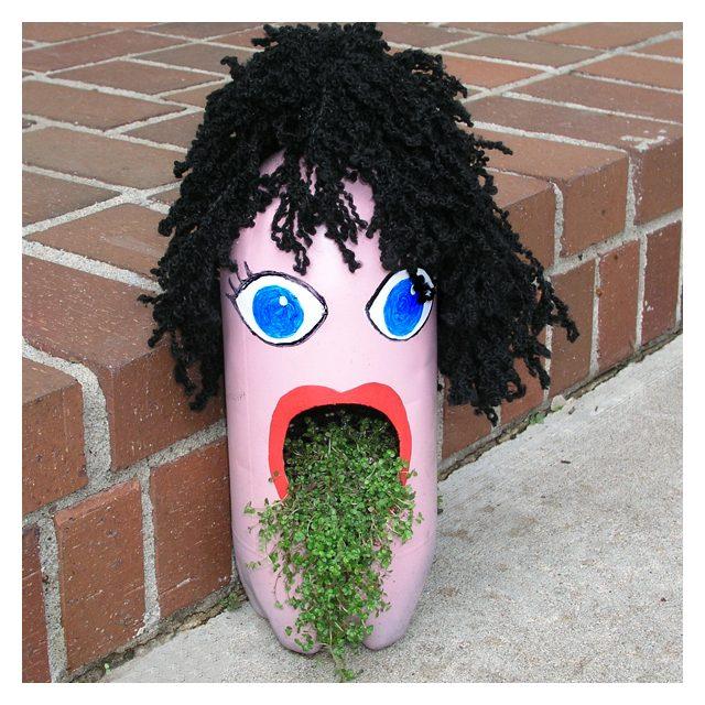 Vasi creativi con flaconi riciclati passion diy for Vasi fai da te