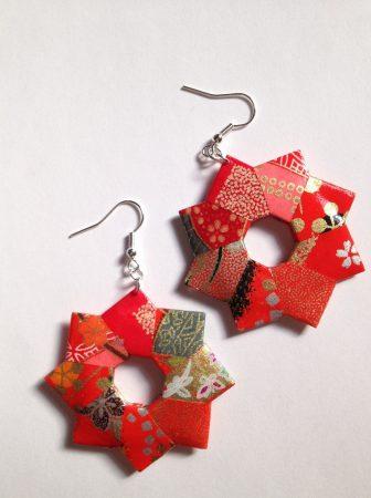 Orecchini di carta origami