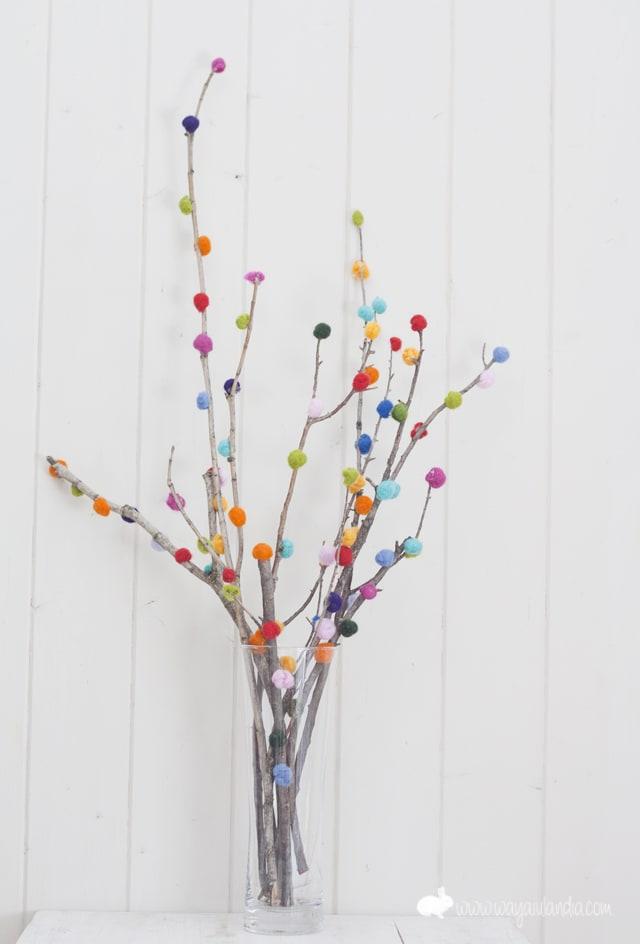 albero-di-pasqua-pompom
