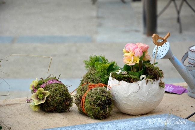 Tavola di Pasqua decorata con uova di cartapesta - Passion DIY